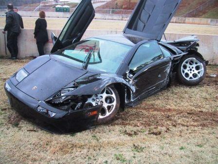Lamborghini Diablo. Crashing a Lamborghini Diablo